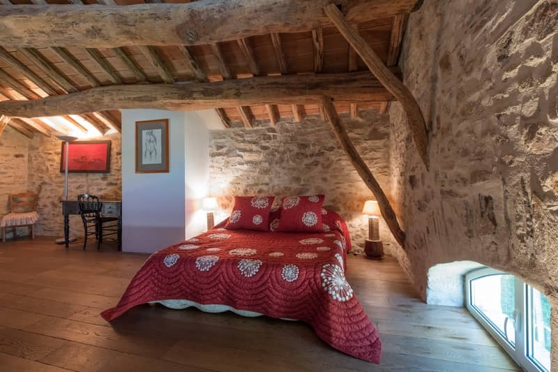 b and b, suite le pigeonnnier - character gites with swimming pool and charming bed and breakfasts near Carcassonne