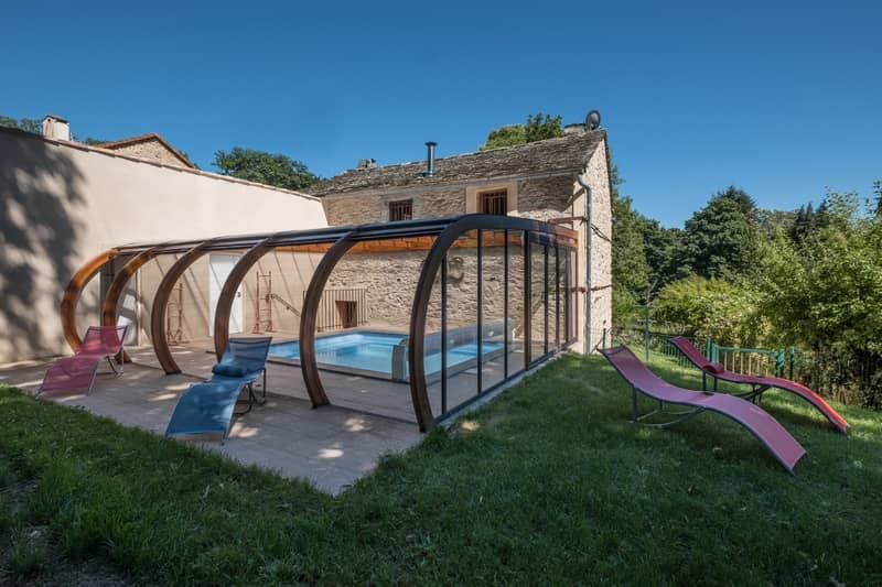 cottage la citadelle with private heated pool - character gites with swimming pool and charming bed and breakfasts near Carcassonne