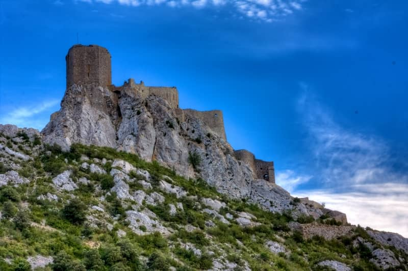 photo 1 cathar castle of queribus - character gites with swimming pool and charming bed and breakfasts near Carcassonne