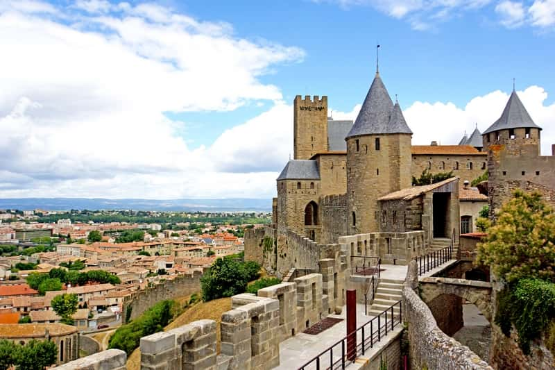 photo 2 cite de carcassonne - character gites with swimming pool and charming bed and breakfasts near Carcassonne