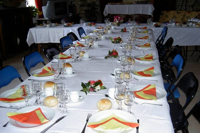 reception for a family banquet - character gites with swimming pool and charming bed and breakfasts near Carcassonne