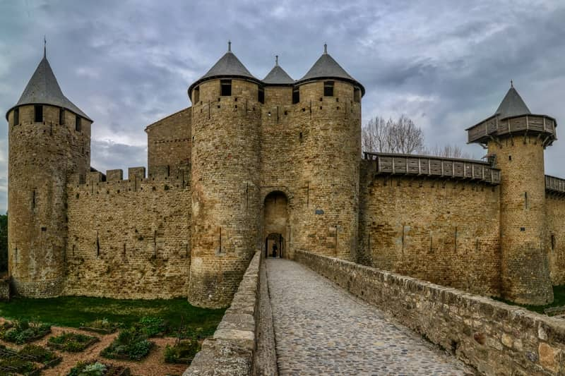 medieval cité de carcassonne - character gites with swimming pool and charming bed and breakfasts near Carcassonne