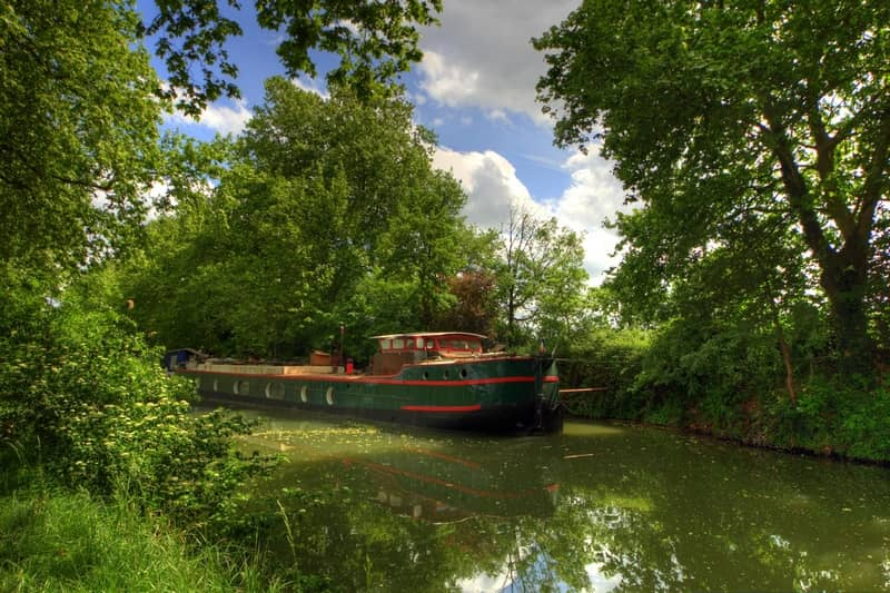 canal du midi - character gites with swimming pool and charming bed and breakfasts near Carcassonne