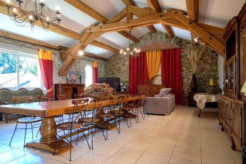 Reception room of the Domaine de Malouziès - character gites with swimming pool and charming bed and breakfasts near Carcassonne